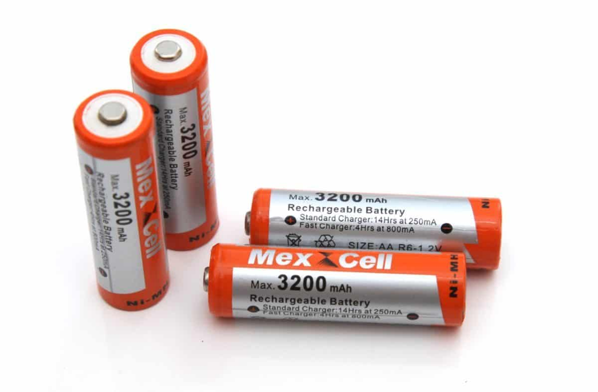 how to choose a cell phone battery