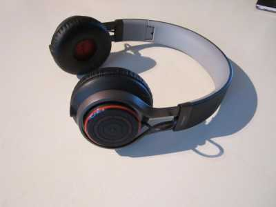 Jabra Revo Wireless Review, Jabra Revo Review